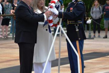 SSFOA lays wreath at the Tomb of the Unknown 2019